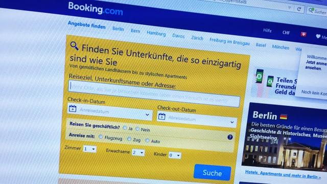Purtret da la pagina booking.com