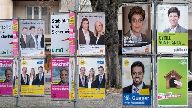 Plakate von Regierungsratskandidatinnen und -kandidaten im Kanton Zürich