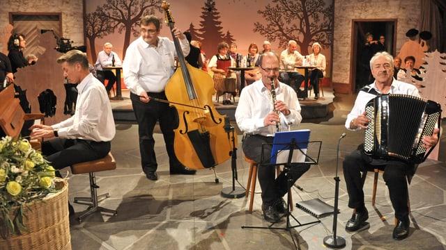 Video «Akkordeon-Grossmeister aus dem Berner Oberland: Arthur Prisi» abspielen