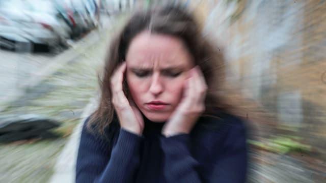 Migränepatienten sind durch ihr Leiden zum Teil stark eingeschränkt.