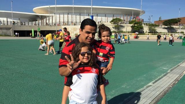 Pitschen e grond èn fans da Flamengo.