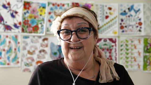 Norma McCorvey mit einer Sauerstoffbrill