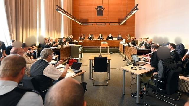 Blick in den Gerichssaal in Freiburg.