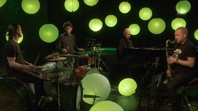 Video ««Jazz zum Advent»: Nik Bärtsch im Club Exil in Zürich» abspielen