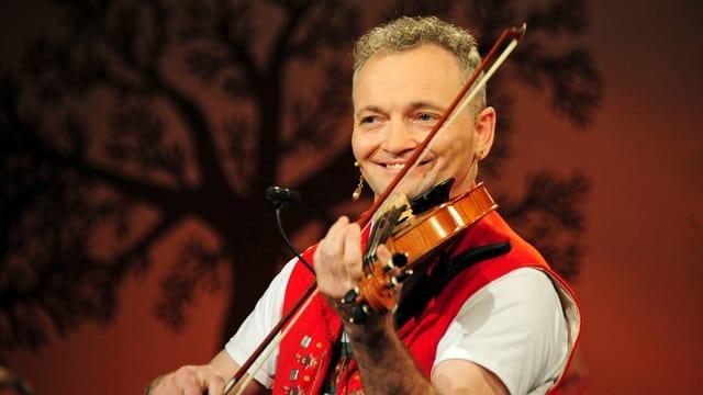Video «Appenzeller Multiinstrumentalist: Josef Rempfler» abspielen