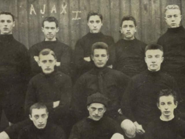 Spieler von Ajax Amsterdam in den Anfangsjahren