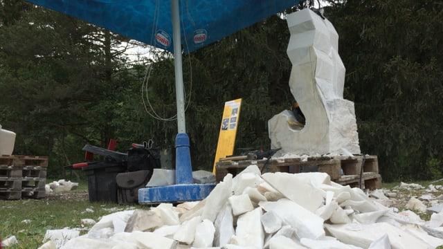 sculptura da marmel en lavur