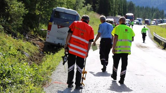 Ermittler untersuchen Unfallort in Norwegen