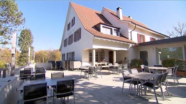Video «Basel-Landschaft – Tag 2 – Restaurant Sichternhof, Liestal» abspielen