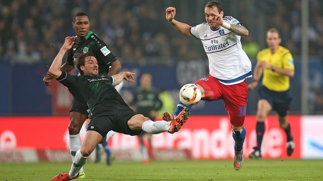 Hannover 96 erkämpft sich in Hamburg 3 Punkte.