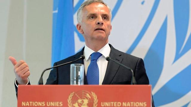 Cusseglier federal Didier Burkhalter a Genevra