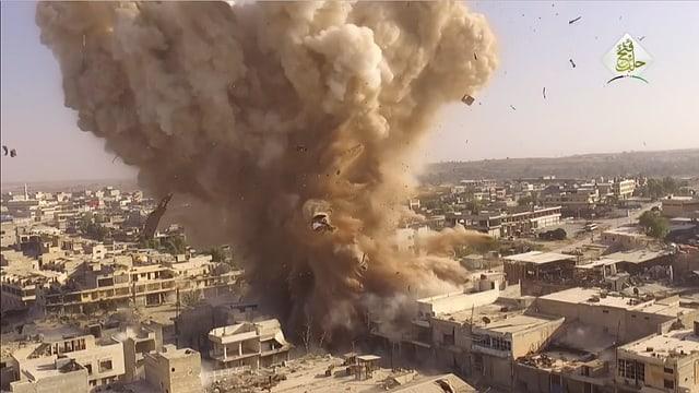 Sprengung in der Stadt Aleppo.