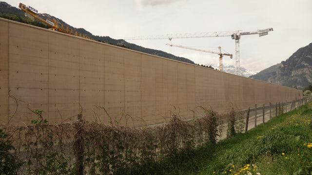 Davos quests mirs vegnan a lavurar radund 110 persunas.
