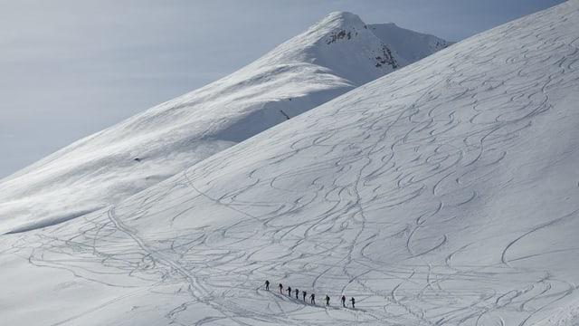 Skiunz da turas en la Val d'Avras