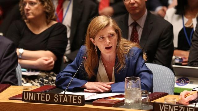L'ambassadura americana Samantha Power discurra en il cussegl da segirezza da l'ONU.