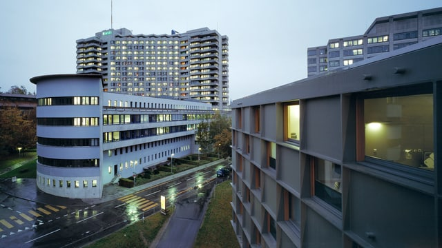 Aussenaufnahme Inselspital und Frauenklinik Bern