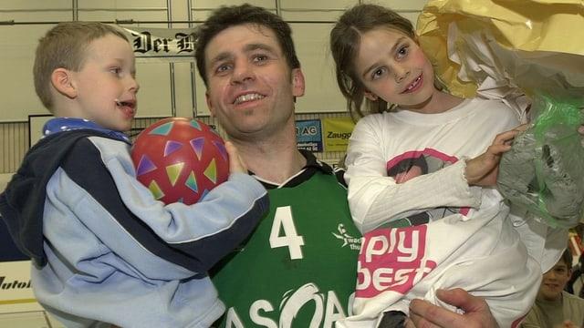 Martin Rubin und seine Kinder.
