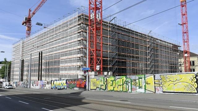 Der Erweiterungsbau des Kunsthaus Zürich. Man sieht Gerüste.
