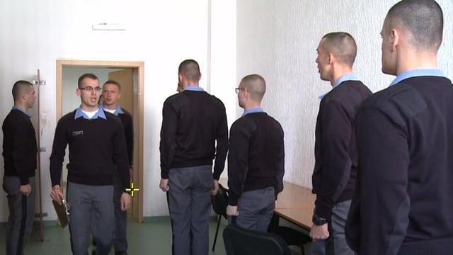 Drill nach amerikanischem Vorbild für die Rekruten der Kosovo Security Force.