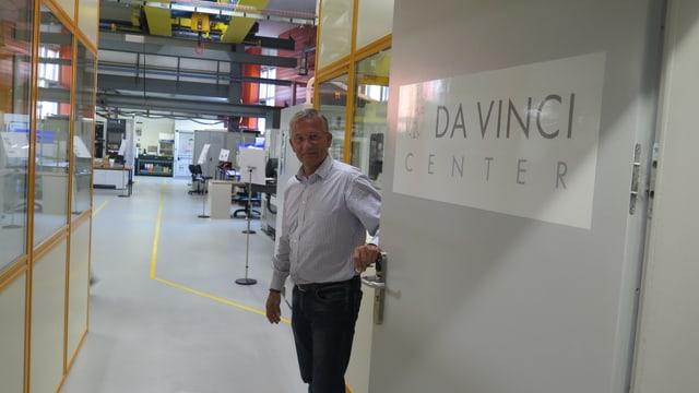 René Stössel öffnet die Türe zum Da-Vinci-Center