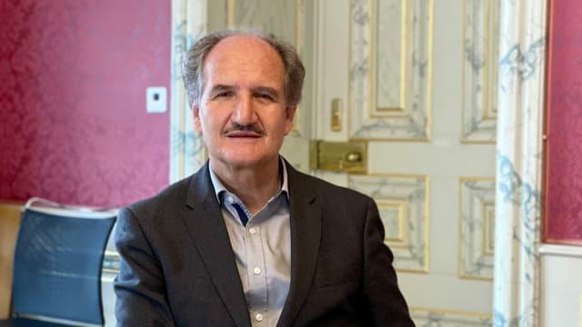 Walter Frizzoni, il vicedirectur da la chanzlia chantunala, va en pensiun.