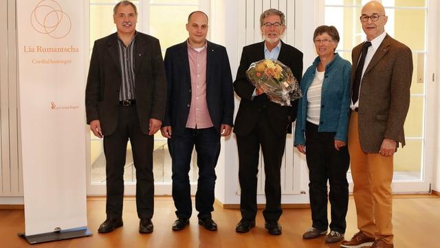 La suprastanza: (da sanester) Donat Nay (nov), Gion Capeder, Johann Flury (nov pres.), Maria Sedláček, Jon Carl Tall