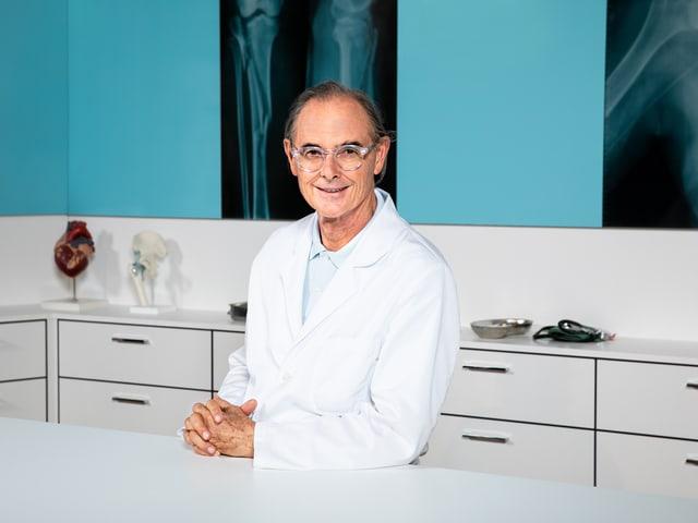 Dr. med. Peter Vonmoos.
