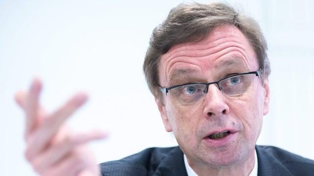 Porträt von Regierungsrat Hans-Jürg Käser.