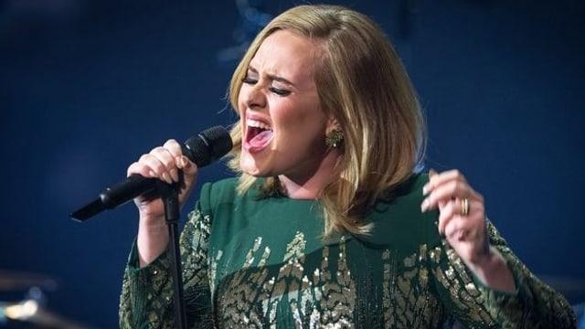 Video «Adele - Live in London» abspielen