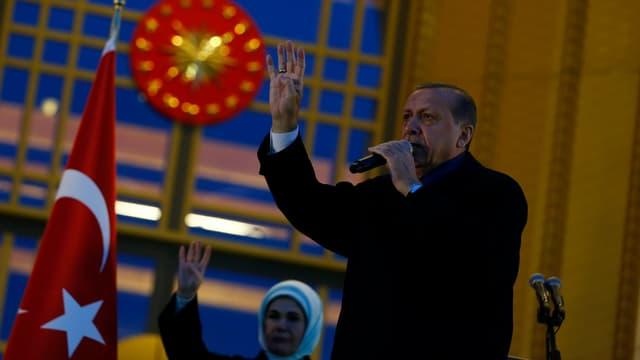 Erdogan redet
