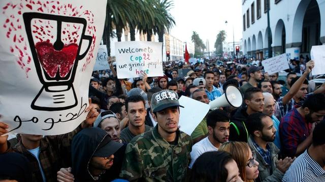 Rabat am Sonntag: Der Todesfall hat vor allem junge Menschen in Marokko auf die Strasse getrieben.