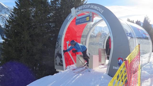 Starthäuschen, Skifahrer.