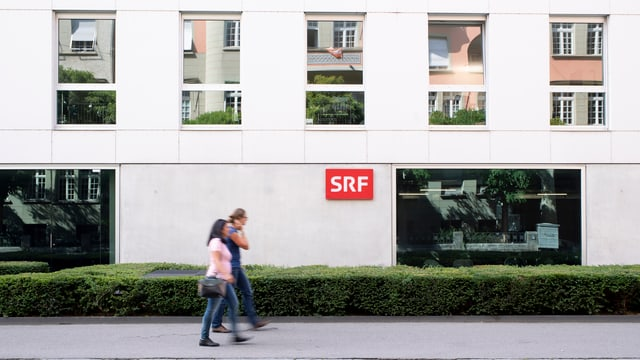 Il studio da SRF a Berna.