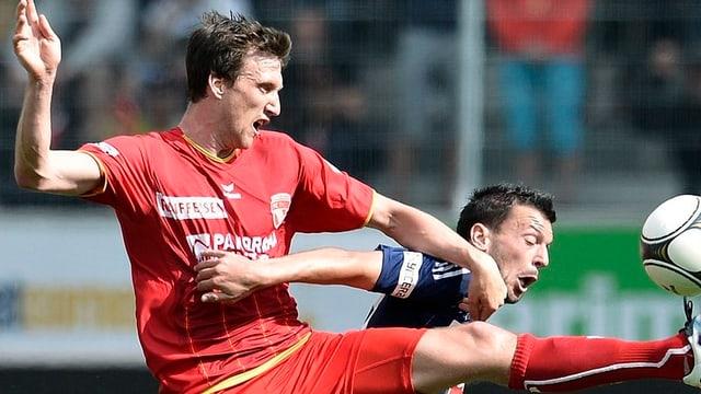 Zweikampf zwischen Thun und Luzern. Das Spiel endete 1 zu 1 unentschieden