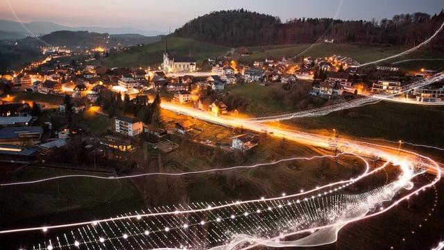 Leuchtende Linien in Landschaft bei Arnex-sur-Orbe
