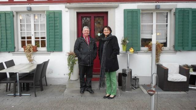 Video «Stadt Winterthur – Tag 4 – Restaurant Tiefenbrunnen (Wiederh.)» abspielen