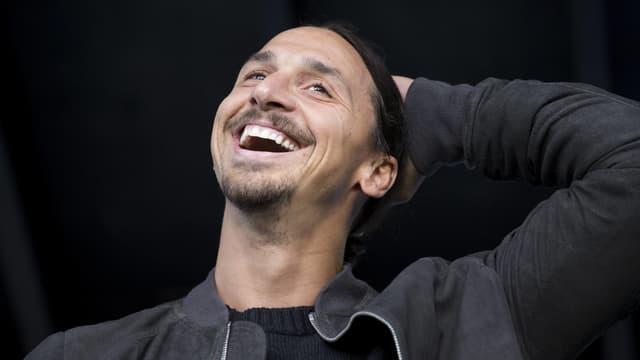 Zlatan Ibrahimovic lacht