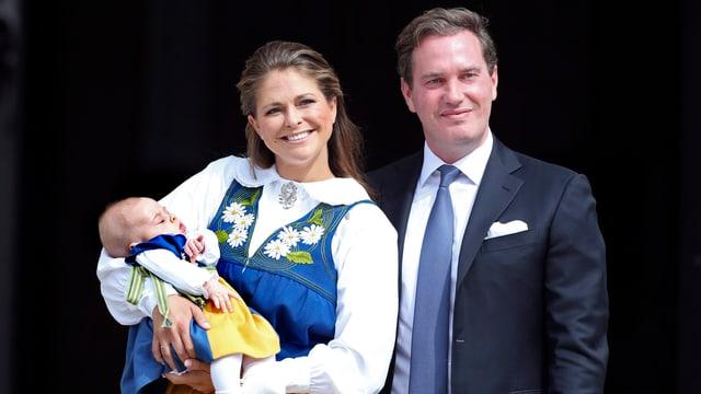 Prinzessin Madeleine mit Ehemann und Kind