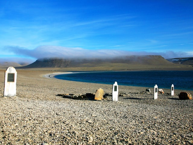 Grabsteine auf Beechey Island.