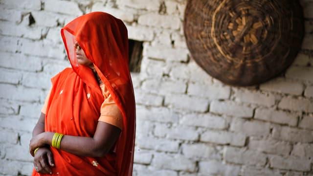 Die Grossmutter zweier junger Mädchen, die vergewaltigt und erhängt wurden.