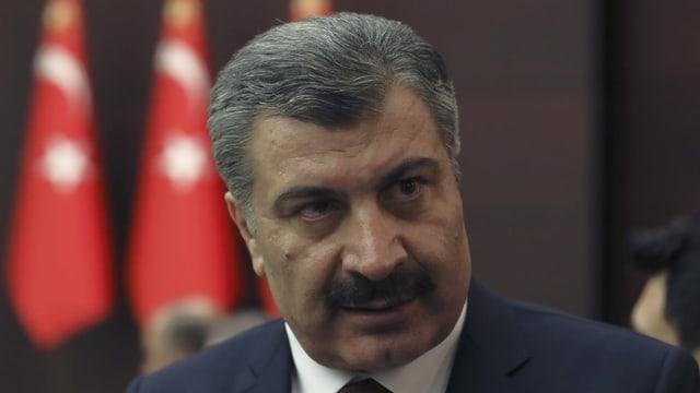 Gesundheitsminister Fahrettin Koca hat nach wochenlangen Spekulationen zugegeben, dass seine Behörde auf eine eigenwillige Corona-Zählweise ausgewichen ist.