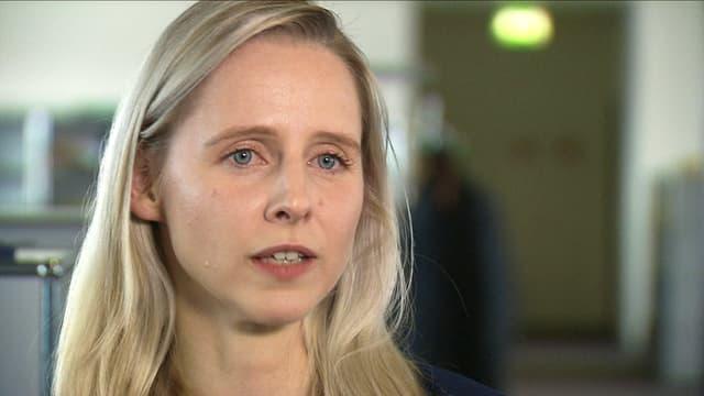 Anne Herrmann im Porträt.