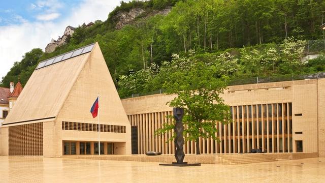 Parlamentsgebäude in Vaduz, Liechtenstein.