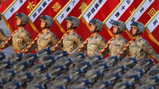 Chinesische Soldaten bei einer Parade zum 70-jährigen Gedenken an den 2. Weltkrieg.