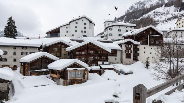 Dorf Splügen im Winter