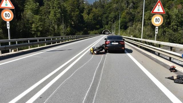 auto e töff sin l'A13 tranter tunnels Plazzas ed Isla Bella