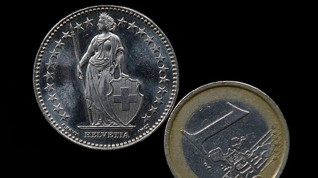 Il curs dal franc svizzer è il mument tar 1,04.