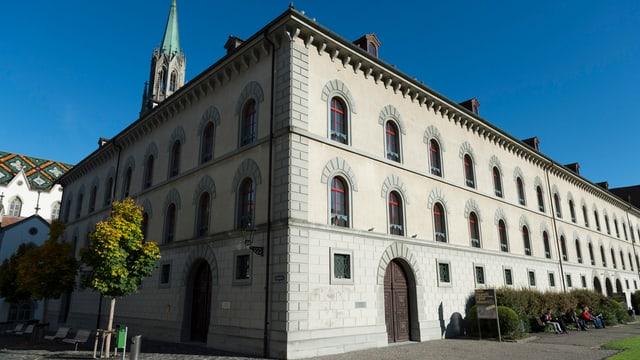 Das Kantonsgericht von aussen.