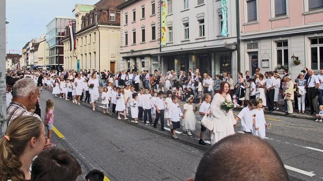 Kinder am Maienzug Aarau