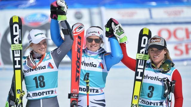 Il podest dal slalom gigant: (Da san.) Taina Barioz, Viktoria Rebensburg, Lara Gut.
